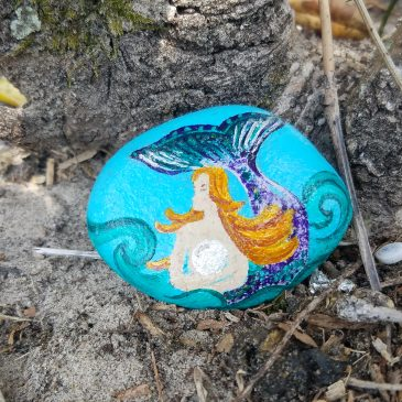 A Love And Water Rock For The Mertailor